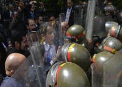 VIDEO   Así impidieron los militares que Guaidó entrara al Parlamento venezolano