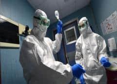 El mundo enfrenta una escasez de equipos de protección médica para el coronavirus: OMS