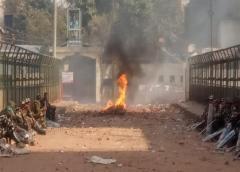 """Modi llama a la """"paz"""" tras enfrentamientos entre hindúes y musulmanes"""