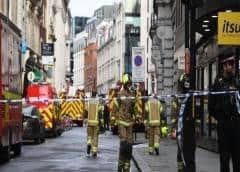 """Varias personas apuñaladas en el sur de Londres en un """"incidente terrorista"""", según la policía"""