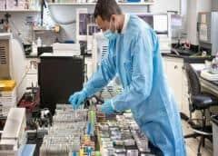 RD se convierte en pionero en usar saliva para detectar el COVID-19