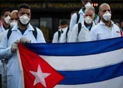 Michael G. Kozak afirma que Cuba viola los derechos de su personal médico