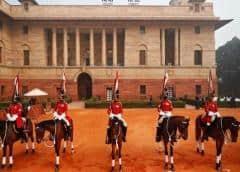 Palacio presidencial de India confina a 500 personas por alarma sobre coronavirus