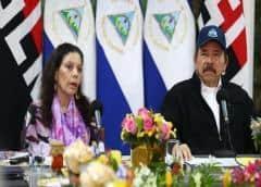 Ortega reaparece en televisión tras 34 días y defiende la estrategia frente a la pandemia