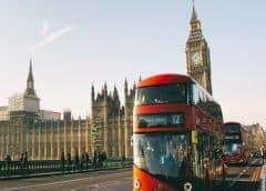 Reino Unido marca un nuevo récord de muertes en un día, con 980