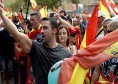 Miles de manifestantes de derecha protestan por toda España contra la gestión de la crisis