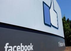 ¿Quién decide cuáles publicaciones se eliminan de Facebook?