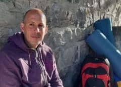 UN Watch visita a Ruiz Urquiola, en huelga de hambre frente a ONU