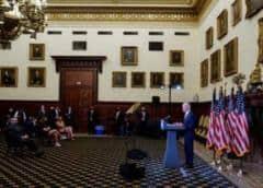 Universidad de Michigan se retira del debate televisado Trump-Biden, que será en octubre en Miami