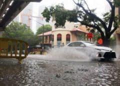 Anticipan lluvias e inundaciones en Miami asociadas con tormenta en Golfo de México