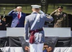 El presidente Trump destaca las contribuciones del Ejército en su 245 cumpleaños