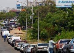 México estaría dispuesto a vender combustibles a Venezuela pese a sanciones de Washington