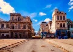 Cuba y la eliminación del gravamen del 10% al dólar: la opinión del economista cubano Elías Amor