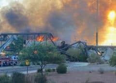 Descarrilamiento de tren en Arizona termina en incendio y colapso de un puente