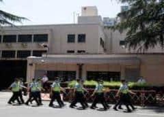 China se apodera del consulado de EEUU en Chengdu en represalia por Houston
