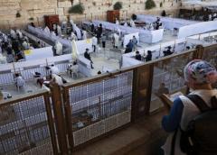 Israel sopesa nueva cuarentena ante aumento de casos