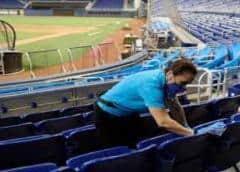 Cancelan juego inaugural de los Miami Marlins ante explosivo aumento de casos de COVID-19