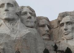 Trump viaja a Mount Rushmore para celebración del Día de la Independencia