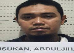 Insurgente ligado a decapitaciones se entrega en Filipinas