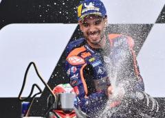 Miguel Oliveira gana en Estiria y brinda a Portugal su primer triunfo en MotoGP