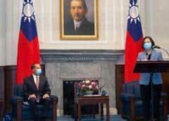 """China manda cazas al estrecho de Taiwán en respuesta al """"fuerte"""" apoyo de EEUU"""