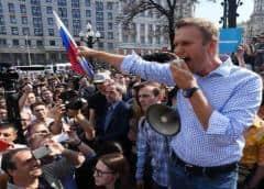 Crítico del Kremlin Navalny es dado de alta de hospital Berlín