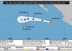 La tormenta tropical Julio se aleja de Baja California