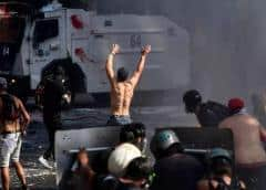 Casi 600 detendidos en Chile durante jornada de conmemoración de protestas