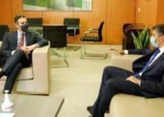 Pedro Sánchez se reúne con Leopoldo López en la sede socialista en Madri