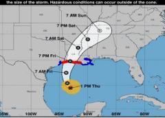 Huracán Delta recobra intensidad al ingresar en el Golfo de México