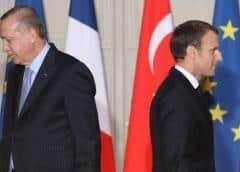 Erdogan busca liderar el mundo islámico mientras su moneda se derrumba