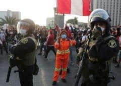 Perú en caos, mientras exigen la renuncia del presidente