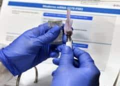 Segunda vacuna para COVID-19 logra éxito en ensayos en EEUU