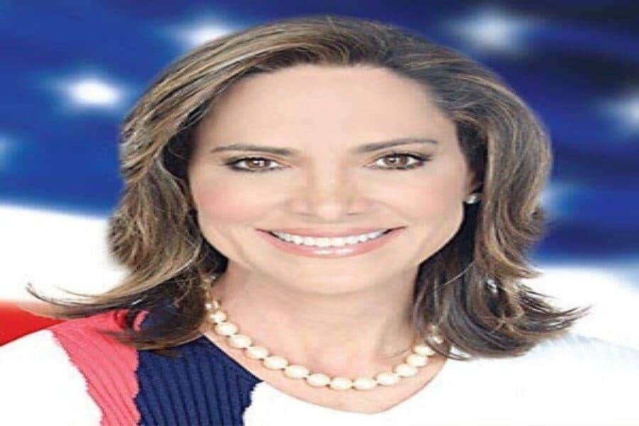 COVID-19 impedirá a congresista María Elvira Salazar asistir a ceremonia de juramentación