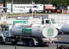 Se registran dos explosiones en refinería de mexicana Pemex en Cadereyta: gobernador