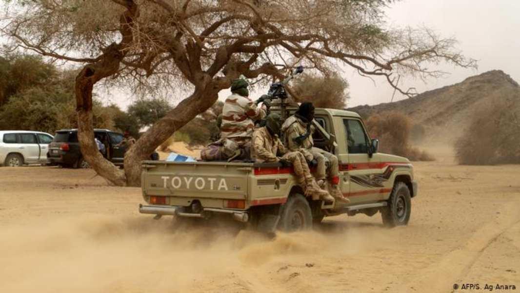 Níger: más de 50 personas mueren en dos ataques armados