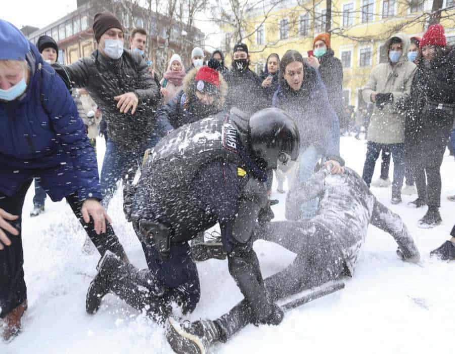 Rusia: Más de 3.800 detenidos en marchas en apoyo a Navalny