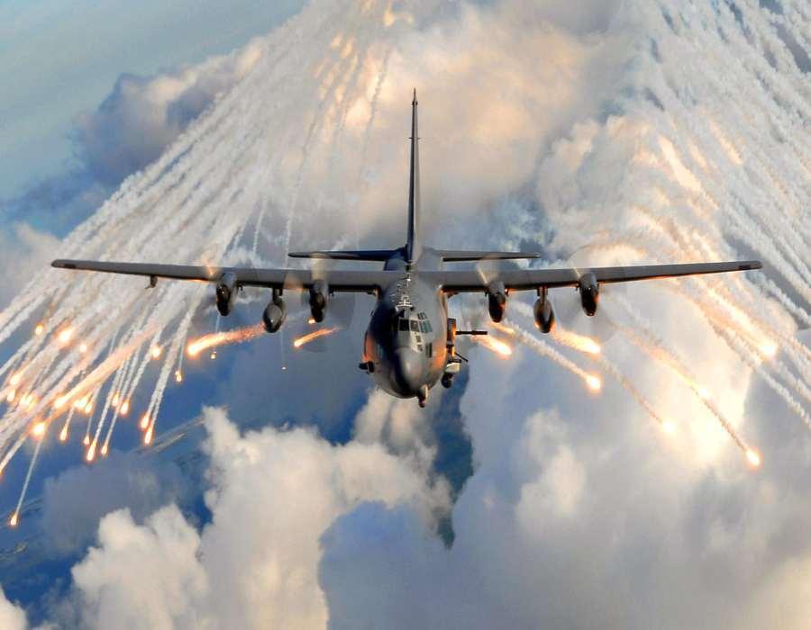 Al menos 17 muertos por bombardeo de EE.UU. a milicias apoyadas por Irán en Siria