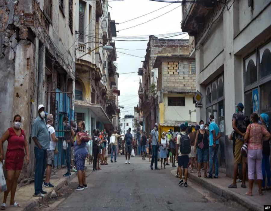 La curva sigue subiendo: otras 4 muertes y 937 casos de COVID-19 en Cuba