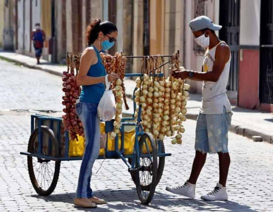 Cuba confirma otros 806 positivos de covid-19 y cinco fallecidos