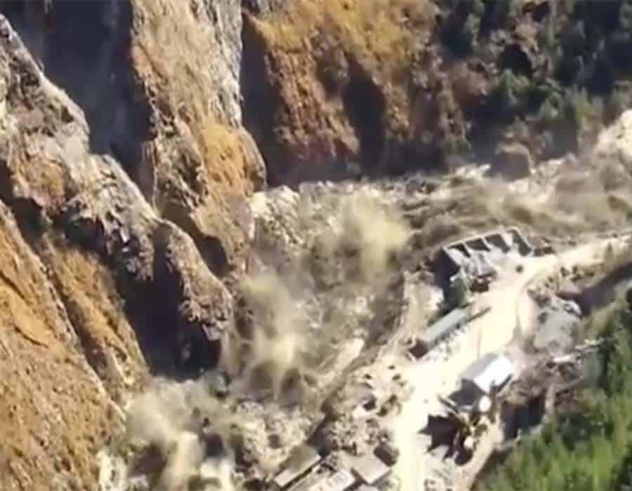 La ruptura de un glaciar en el Himalaya causó al menos nueve muertos y 150 desaparecidos