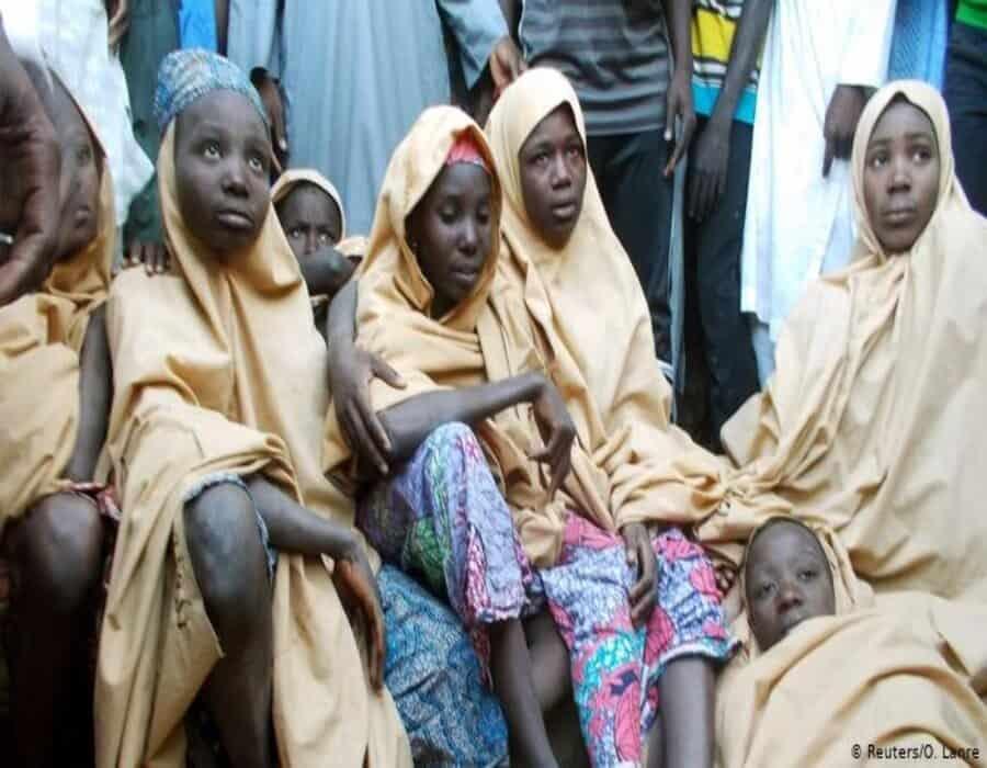 Secuestran a cientos de niñas en una escuela en Nigeria
