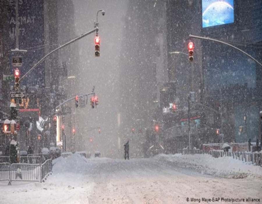 Tormenta invernal causa estragos en noreste de EEUU