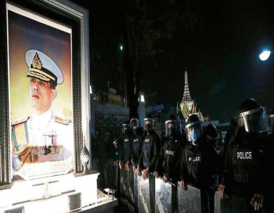Vuelve la protesta contra el rey y el Gobierno de Tailandia