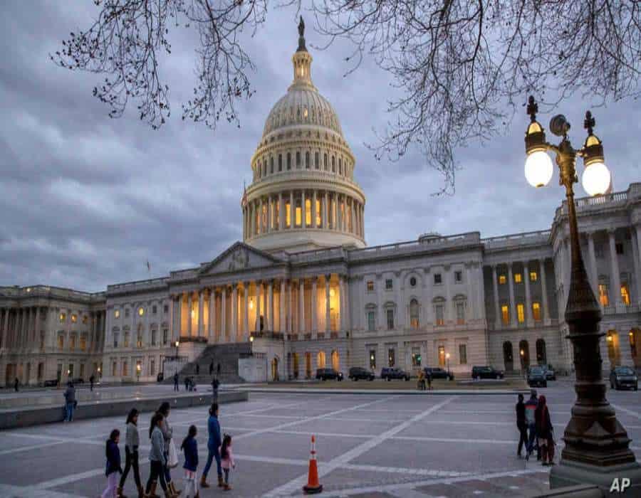 Biden y demócratas presentan proyecto de ley de inmigración