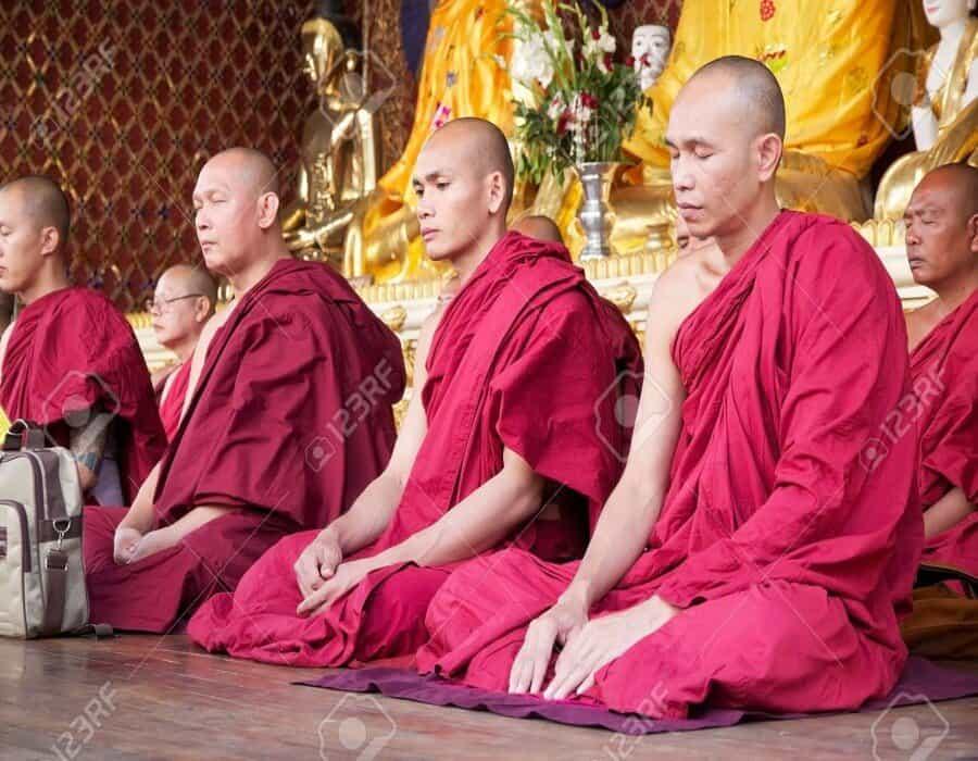 Grupo budista de Myanmar muestra ruptura con autoridades tras sangrienta represión
