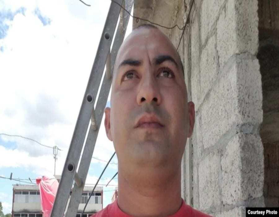 Periodista de Caimanera multado bajo Decreto Ley 370