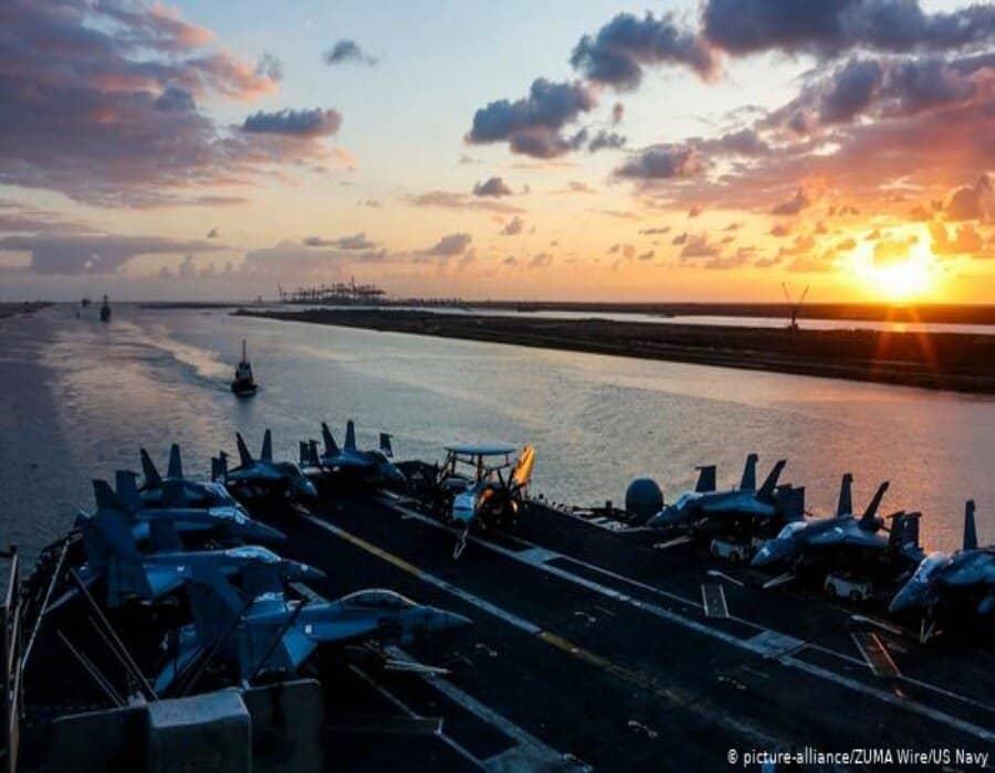 Egipto anuncia reapertura de tramo histórico del Canal de Suez