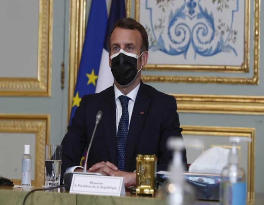 Pese a rebrote, Macron no lamenta negarse a confinamiento