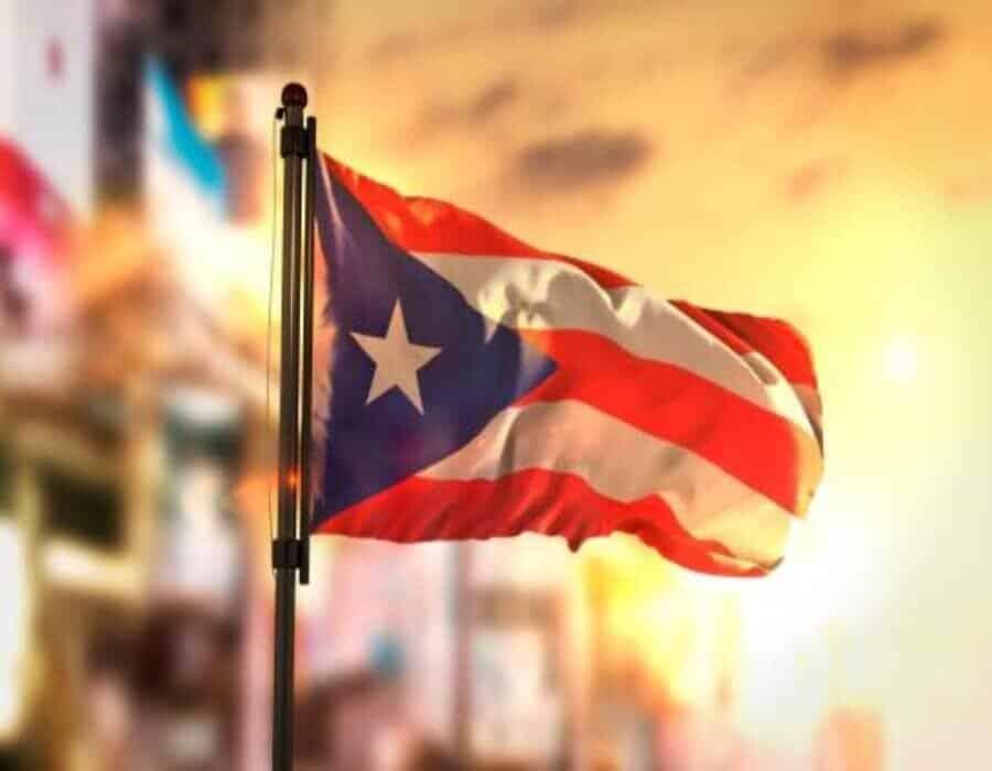 Presentan plan de reestructuración de deuda de Puerto Rico